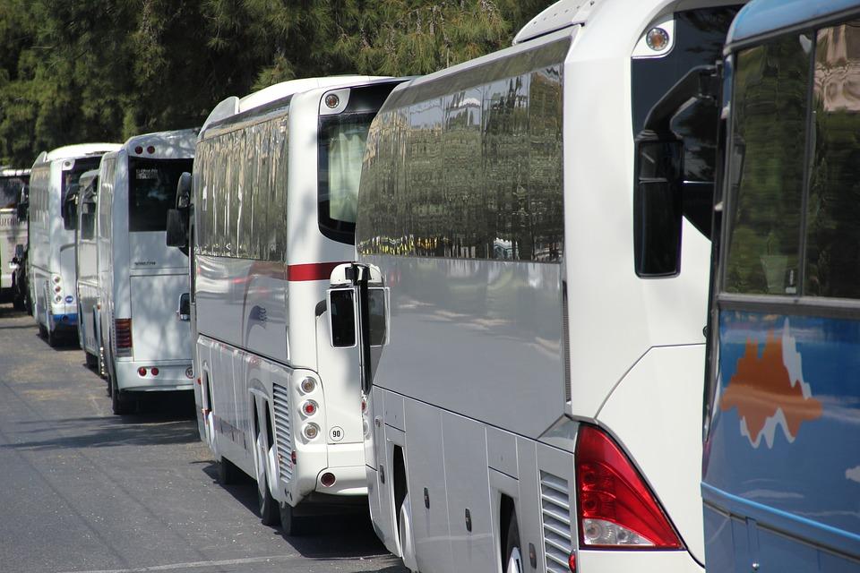 Autobusų nuoma kelionei – dažniausiai užduodami klausimai